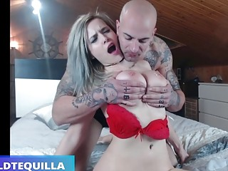 Gorgeous horny babe with big tits gives nasty BDSM blowjob
