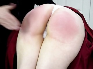 Slutty blonde gets in the car and gets spanked hard