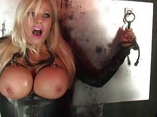Blondie is tied up and licked all over by gf